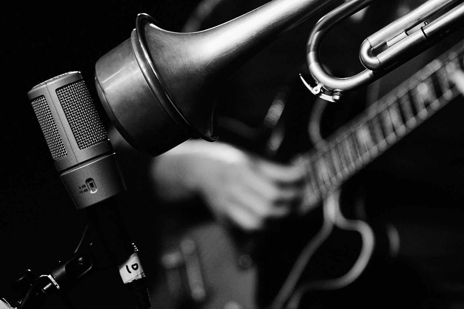 Pvk Photo | Photographe professionnel | Trompette de Brice Moscardini et la guitare de JP Raillot