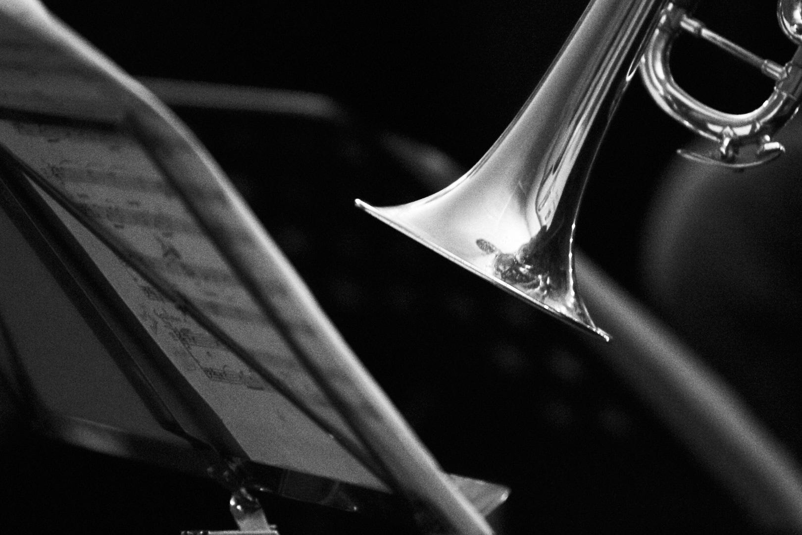 Pvk Photo | Photographe professionnel | Trompette devant un pupitre et une partition
